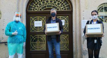 Foxconn daroval nitrianskym nemocniciam 10 000 ochranných rúšok